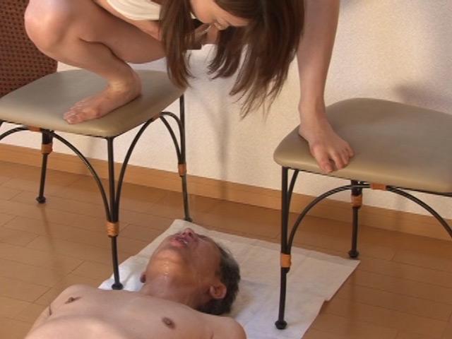 美熟女 生田沙織の聖水黄金調教 2日目