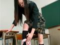 黒髪女学生のローター失禁 5