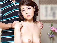 【エロ動画】裸の母 大田ゆりかのエロ画像
