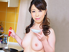 【エロ動画】裸の主婦 真島凌子(32) 中央区在住のエロ画像
