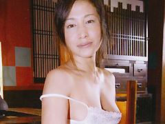 【エロ動画】素人人妻生中出し006 みさと 34歳のエロ画像