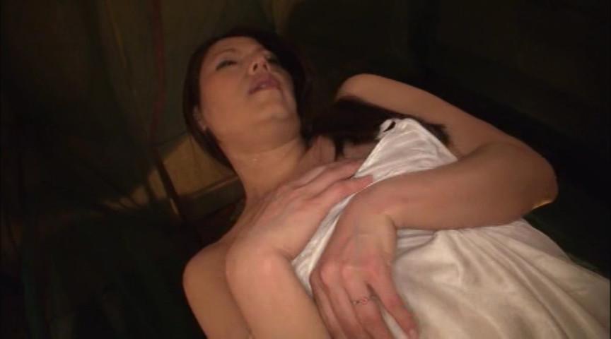 これが噂の素人わけあり熟女生中出し 5時間熟した肉体を犯す の画像10
