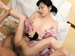 悶絶する超敏感ドM妻 遠坂楓 40歳 中出し不倫温泉9