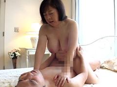 【エロ動画】実録 近親相姦 豊乳熟母 田村のぶえのエロ画像