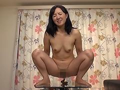 徳井唯:美熟女パーフェクトうんち 7人30脱糞