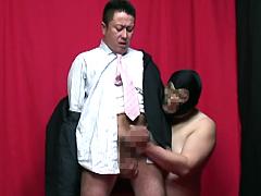 【スーツ】シコリーマン vol.2 淫乱部長の性的脅迫 シーン2