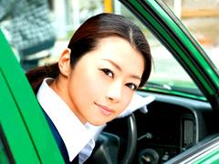 【エロ動画】もしも北条麻妃がタクシーの運転手だったら…のエロ画像