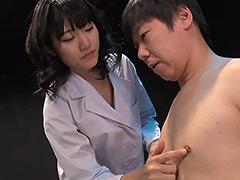 【エロ動画】下品なキスと乳首責めで僕を犯し続ける淫乱レディのエロ画像