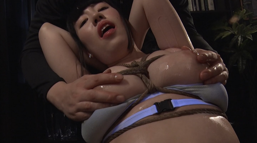 女スパイぬるぬるオイル拷問