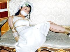 【エロ動画】こだわり衣装でボンデージ2 ウェディング・ボンデージのエロ画像
