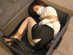 【エロ動画】ROSE 柳澤沙耶香 トランクのエロ画像