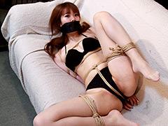 【エロ動画】夏川梨花 −ビキニ誘拐− 全篇