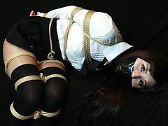 【エロ動画】白石愛未 −お嬢様縛り初め− 全篇のエロ画像