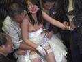 ホームレス軍団が花嫁をさらって中出し輪姦レイプ