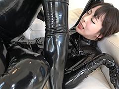フェチ:Rubber Suit Lovers~卑猥なラバーフェチ美女の日々~