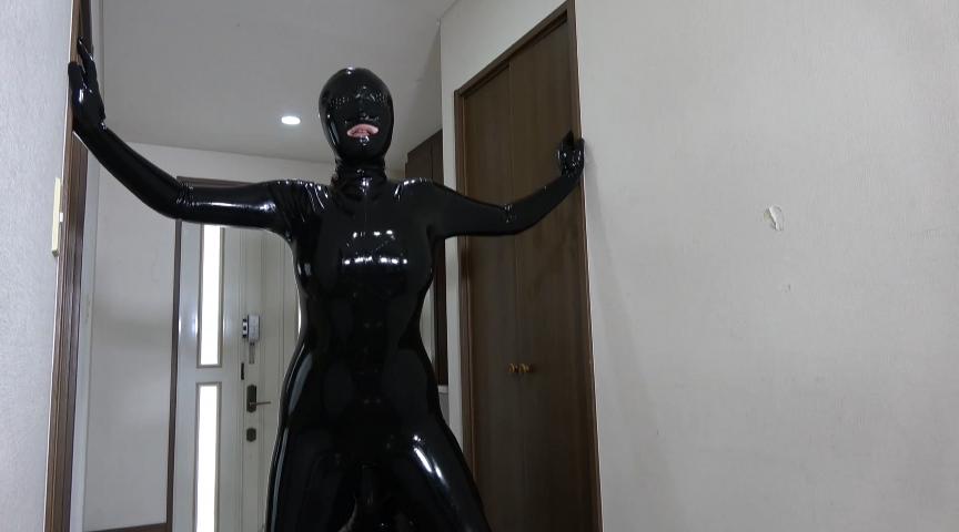 エロ動画7   Rubber Suit Lovers~寝取られラバー人妻~サムネイム09