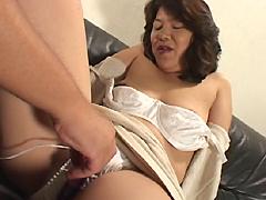 【エロ動画】ハレンチかあさん 岡田洋子のエロ画像
