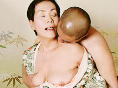【エロ動画】還暦熟女 西野きよみの人妻・熟女エロ画像