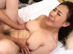 【エロ動画】美熟女近親中出し姦 三咲恭子のエロ画像