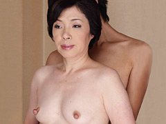 ちぎれデカ乳首の五十路熟女、衝撃の初撮り 半沢香津美