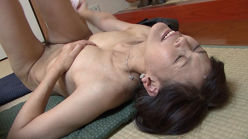 近親相姦 五十路のお母さんに膣中出し 坂井梓 @AdultStageおすすめ作品
