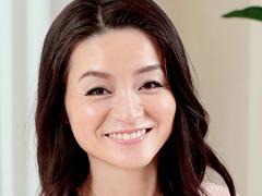【エロ動画】食器販売勤務の四十路美人妻AVデビュー! 神田美空のエロ画像