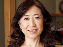 近親相姦 五十路のお母さんに膣中出し 安田佐和子