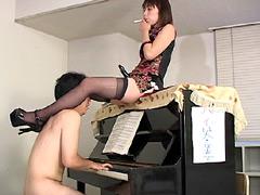 梨花女王様のSMオペラ(学園編)