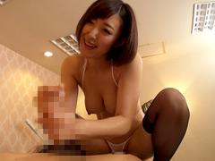 【エロ動画】激しく腰を振る淫乱痴女エステティシャンのエロ画像