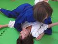 壮絶女子柔道実業団 女子選手絞め技・関節技制裁