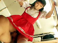 【エロ動画】接客中の女のマ○コをイカせまくり!!のエロ画像