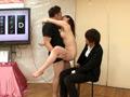 素人・AV人気企画・女子校生・ギャル サンプル動画:次々と現れる寝取り男との連続セックスに挑戦!