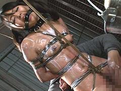 【エロ動画】イカ臭い精子入りローションで責められるマゾ女2のエロ画像