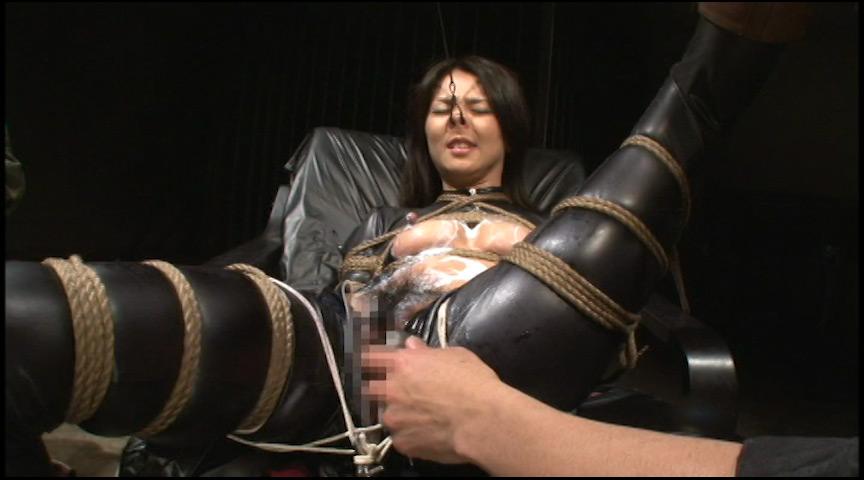 キャットスーツを着た牝奴隷2