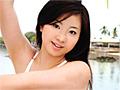 セブ島の空の下、綾乃ちゃんのダイナマイトバストが、