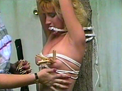 【エロ動画】拉致された生き人形13のエロ画像