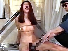女スパイ拷問 電気マッサージの刑6