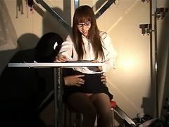 ニュースキャスターくすぐり拷問4