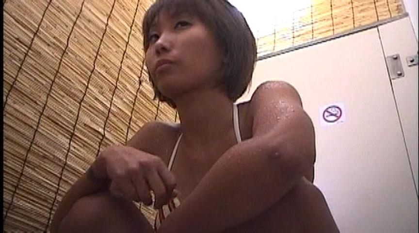 都営プール和式女子便所盗撮 の画像7