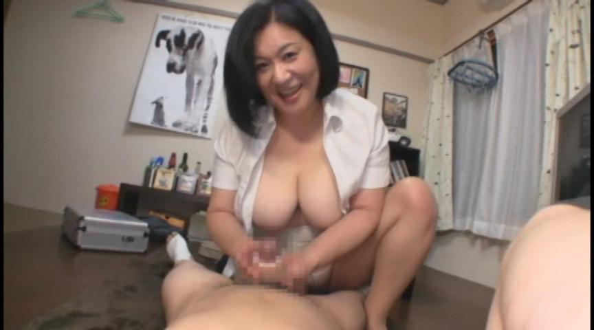 愛田正子 肉厚な巨尻に阻まれたグロマンコを堂々と広げ手マンを強要する豊満ボディの完熟熟女。久々...