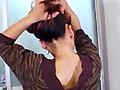 街中で、電車で、髪をかきあげてる女の人にトキメキません?髪の毛だって、いろっぽい。女の人の髪の中に、頭をうずめてみたいと思いませんか。かきあげる髪って美しいと思いません?