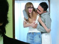 【エロ動画】兄(弟)嫁のカラダが刺激的すぎて我慢できずの人妻・熟女エロ画像