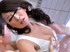 【エロ動画】夢の近親相姦!ママのカラダに僕のチ○コは爆発寸前!のエロ画像