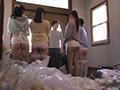 素人・AV人気企画・女子校生・ギャル サンプル動画:半尻タイトスカートで我が家にやってきたTバック家政婦