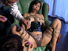 巨乳秘書・沙耶華 秘書という名の奴隷