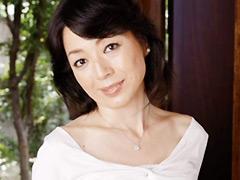 【エロ動画】母親に甘えてみたい夜もある 皆川美由紀の人妻・熟女エロ画像