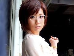【エロ動画】憧れの女上司とふたりで地方出張に行ったら 橋本麻衣子のエロ画像