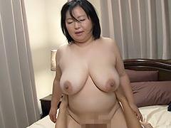 【エロ動画】お母さん、かっ彼女よりずっといいよ… 石橋ゆう子の人妻・熟女エロ画像