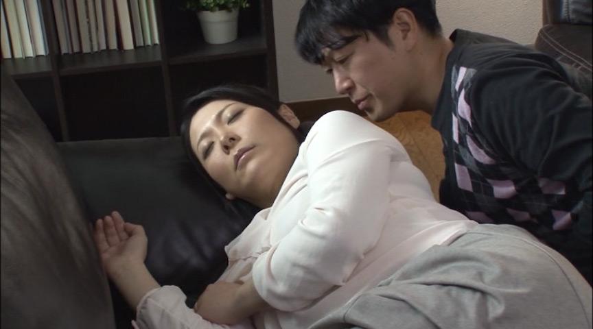 お義母さん、さっ先っぽだけお願ひします… 月島小菊