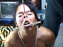【エロ動画】鼻潰し4のエロ画像